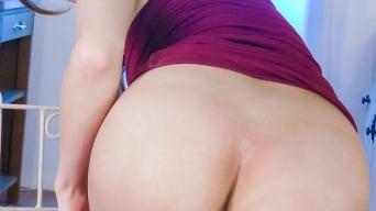Reira Aisaki in 'enjoys an asian dildo fucking'